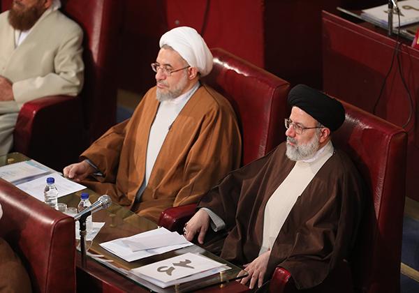گفتگوی حجتالاسلام رئیسی با سایت Khamenei.ir در حاشیه اجلاس مجلس خبرگان
